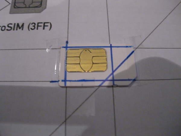 Tarjeta SIM lista para convertirla en microSIM