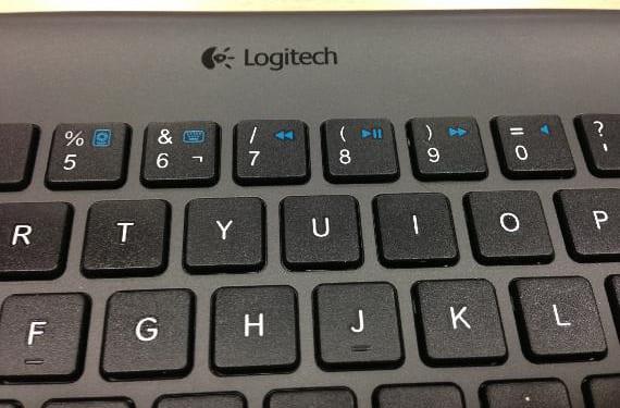Teclado Logitech Bluetooth