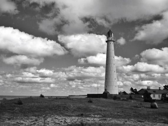 lighthouse-photo