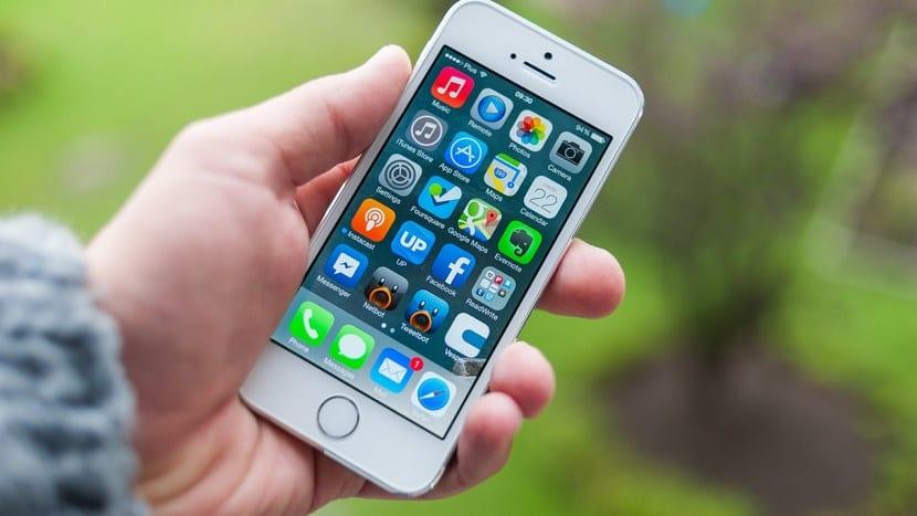 No, los iPhone antiguos no van más lentos con iOS 11