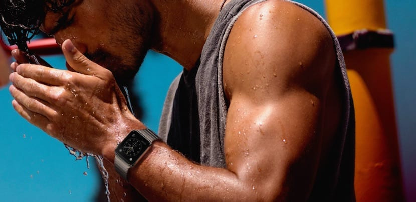 apple-watch-resistente-salpicaduras-pero-no-sumergible