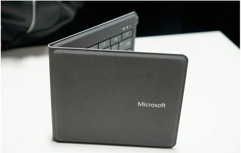 teclado-plegable-ipad-microsoft