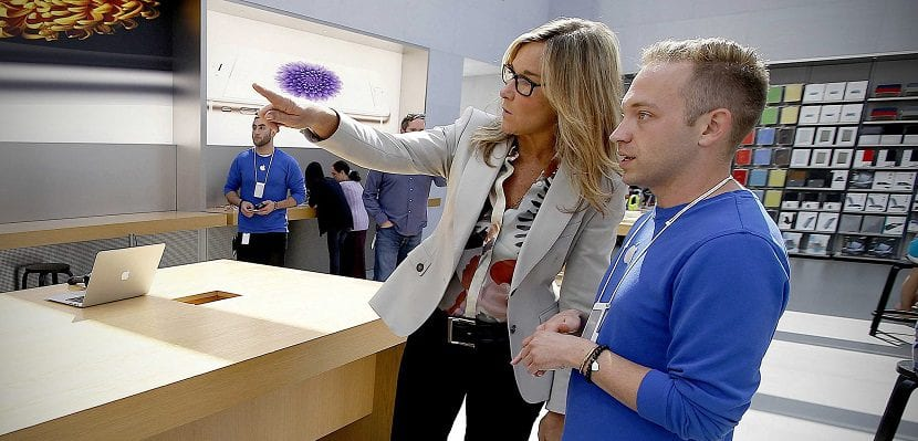 Angela Ahrendts dejará Apple en abril