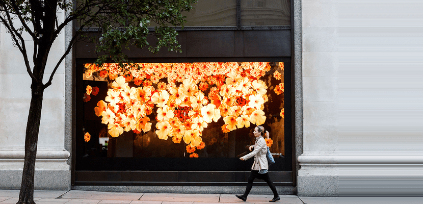 apple selfbridges flores escaparate