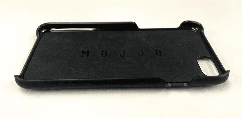 mujjo-black-leather-case-1