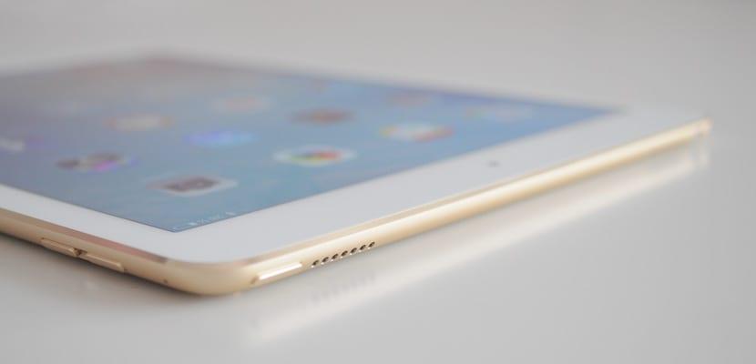 Altavoces superiores del iPad Pro