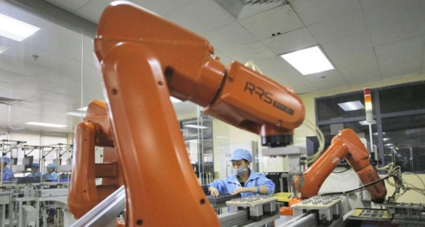 robots-en-foxconn