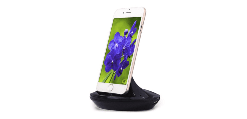 3-in-1 8 Pin Charger Dock