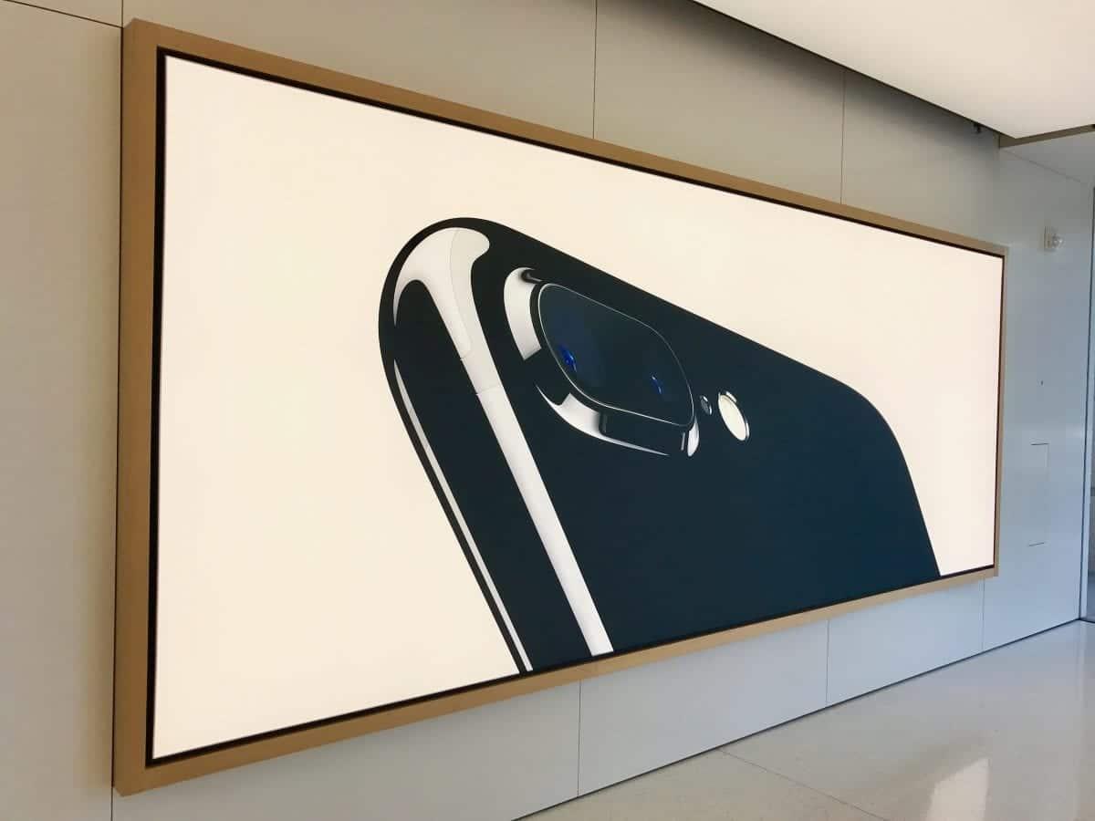 apple-store-infinite-loop-cupertino-11