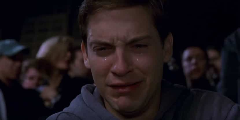 tobey-maguire-crying-spider-man