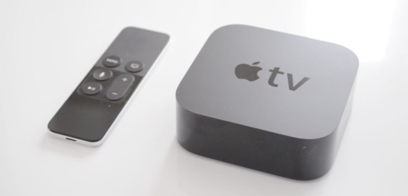 Apple TV 4 y Siri Remote