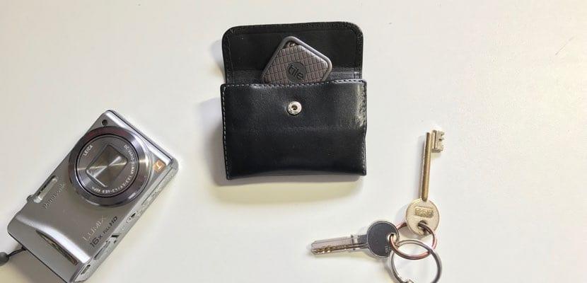 Análisis Tile Sport con llaves y cámara de fotos