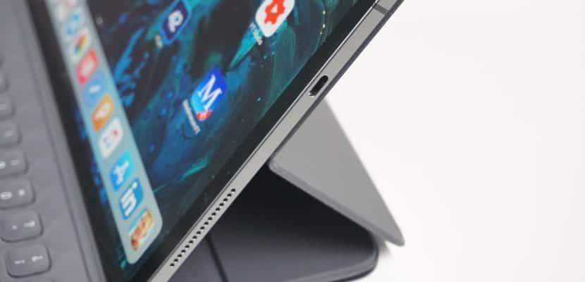 El chip T2 silencia el micro del iPad Pro para que no puedan espiarnos