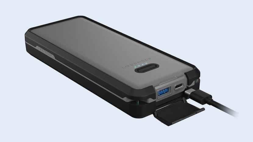 Batería externa Lifeproof resistente al agua y polvo