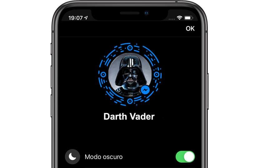 Facebook Messenger en modo oscuro