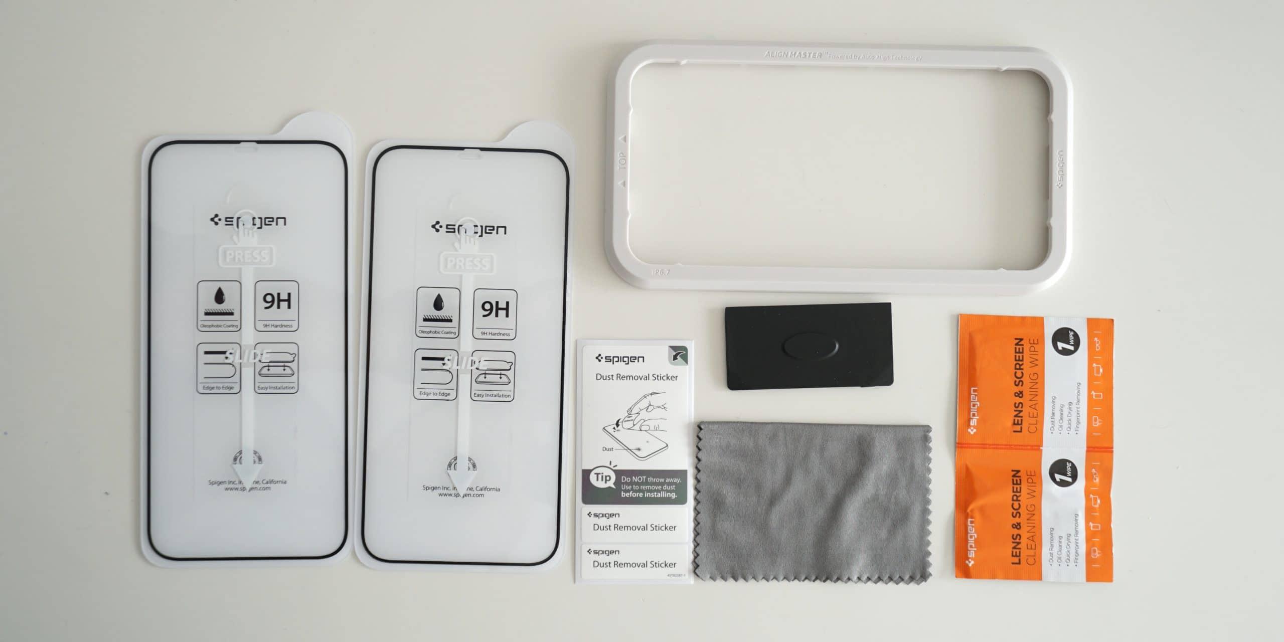 Kit completo incluido en el pack Spigen