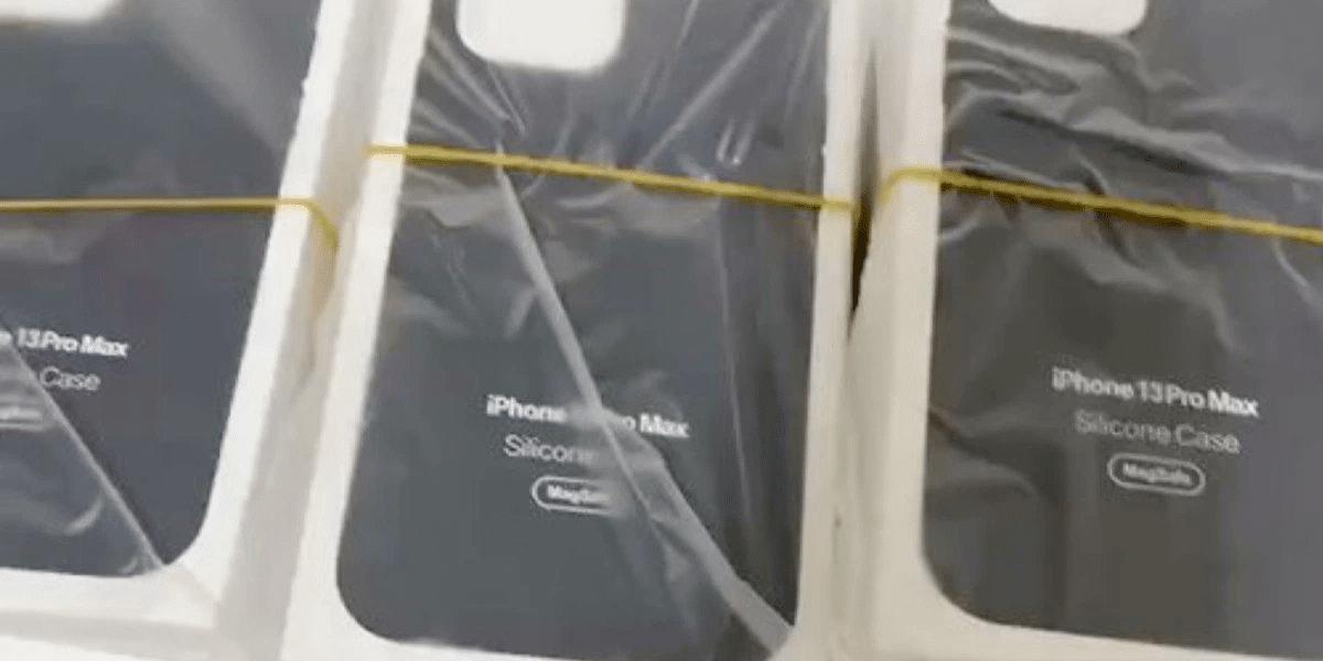 Fundas MagSafe iPhone 13