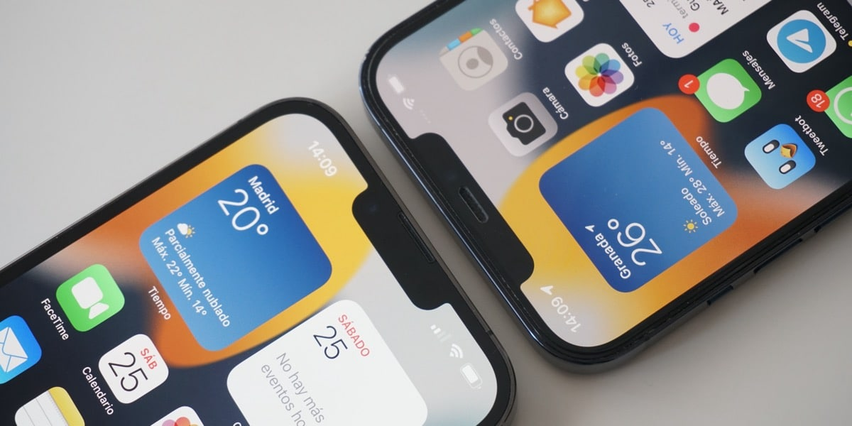 Notch del iPhone 13 Pro Max junto al del iPhone 12 Pro Max